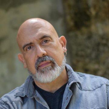 Headshot Image of Jest Murder Mystery Entertainer Adolfo Herrera