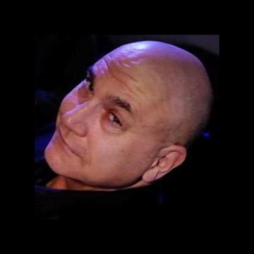 Headshot Image of Jest Murder Mystery Co. Entertainer Ari Bavel