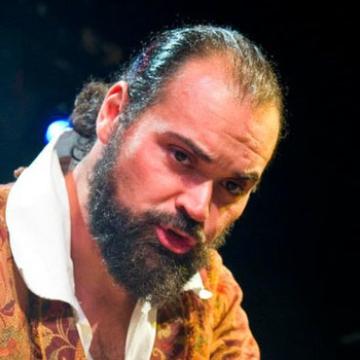 Headshot Image of Jest Murder Mystery Co. Entertainer Christopher Schultz