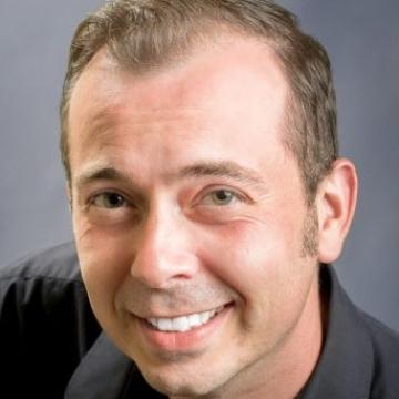 Headshot Image of Jest Murder Mystery Co. Entertainer George Doerr
